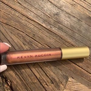 kevyn aucoin lipgloss in fire amber